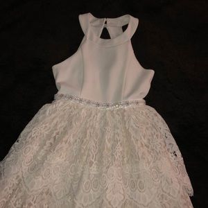 Little girls white formal dress size 8